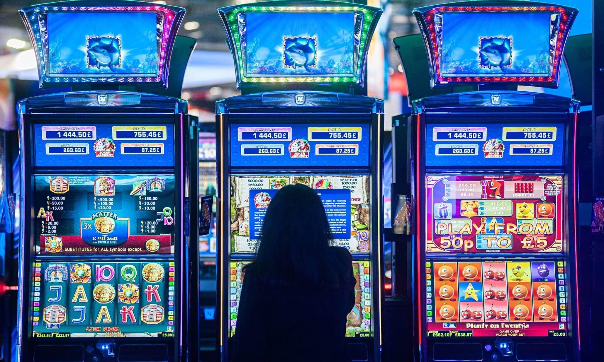 Бесплатные игры рулетка и игровые автоматы онлайн казино bitcoin